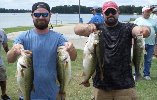 2016 Lake Bob Sandlin Winner Team: Cameron Laing and Patrick Sharp win with 19.79 pounds