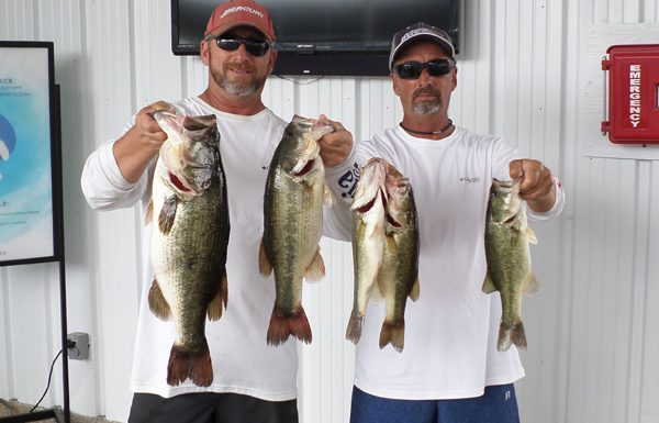 Medina Brothers, Andy and Ricky cemented their AOY Year with 15.75 Lbs!