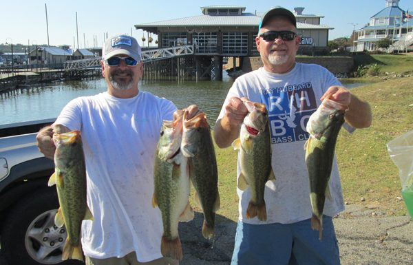 Vince Burt and Mark Werner win Texoma with 15.76 pounds!